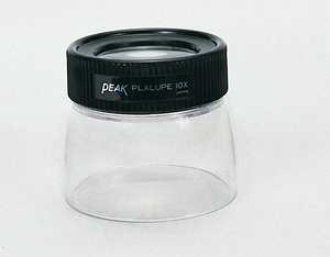Peak plastic loupe with clear skirt
